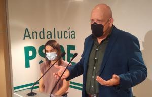 Gerardo Sánchez y Olga Manzano, en rueda de prensa.