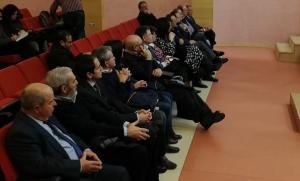 García Arrabal, sentado en segunda fila, en la primera sesión del juicio.