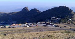 Instalaciones de la Hoya de la Mora, en Sierra Nevada.