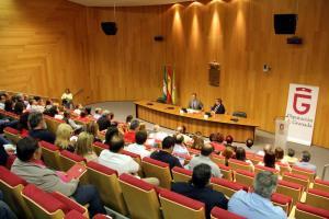 Imagen del encuentro con alcaldes de la provincia de Granada.