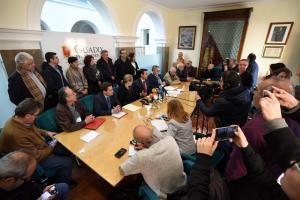 Rueda de prensa previa a la reunión de las mesas del ferrocarril de Andalucía oriental.