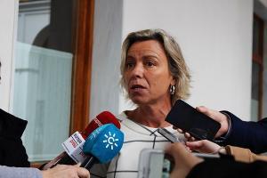 Isabel Albás, este jueves en el Parlamento andaluz.