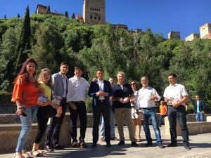Marín, con Salvador y otros integrantes de Ciudadanos.