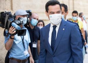 Juan Manuel Moreno, este jueves en el Parlamento.