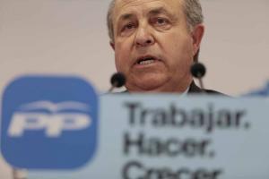 Torres Hurtado ofrece explicaciones en la noche electoral.