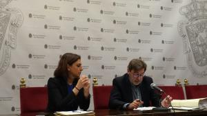 Baldomero Oliver y Raquel Ruz, en la rueda de prensa posterior a la Junta de Gobierno Local.