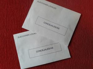 Las papeletas para votar, 12.230 euros.