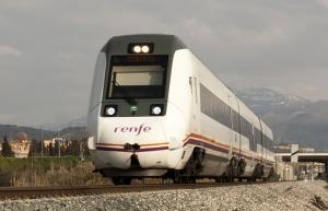 Tren S599, que realiza el trayecto Granada-Almería.