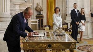 Abdicación de Juan Carlos I en favor de su hijo, Felipe.