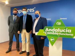De izquierda a derecha, Pablo Hispán, Carlos Rojas y José Robles.