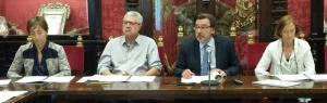 Baldomero Oliver ha comparecido con Carlos Hita y las responsables de la Oficina Presupuestaria, Ana Fernández y Beatriz Sánchez.
