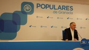 Santiago Pérez, en rueda de prensa.