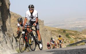 Ciclistas, en pleno esfuerzo.