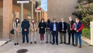 Susana Díaz con José Entrena y representantes municipales de los municipios afectados por terremotos.