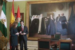 Susana Díaz con Francisco Cuenca en el despacho de 'La Mariana'.