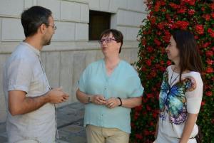 Leticia García con Alberto Matarán y Marta Gutiérrez.
