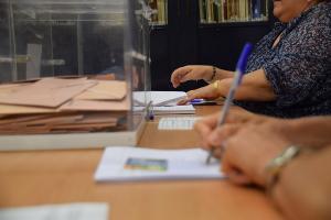 En Granada son 1.100 las mesas electorales.