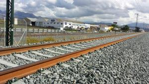 Granada lleva 600 días aislada por tren.