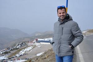 Jesús Fernández, en la zona donde se plantea hacer el Centro de Visitantes.